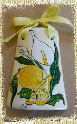 Tegolina Piccola decorata interamente a mano con Calle e Limoni, raffinata ed elegante